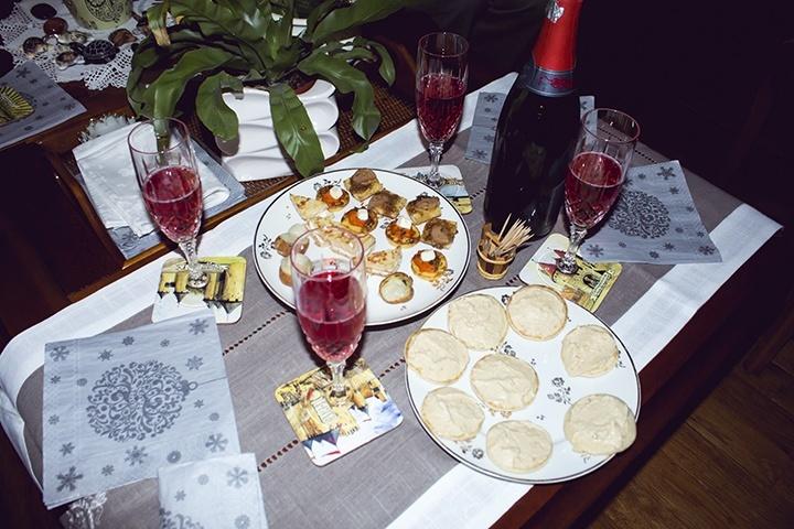makan malam di tahun baru