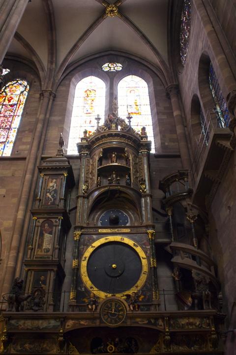 Horloge-astronomique-de-Strasbourg-akudiperancisdotcom