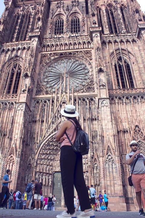 Katedral-Notre-dame-de-strasbourg-akudiperanciscom
