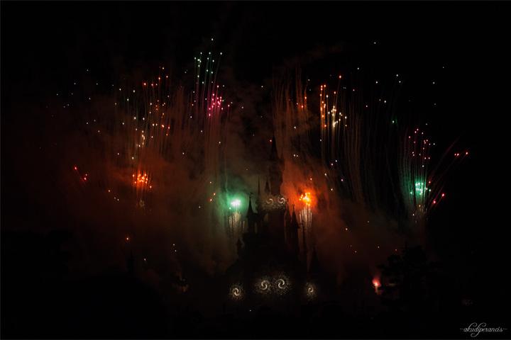 Jalan-Jalan Ke Disneyland Paris-kembang api