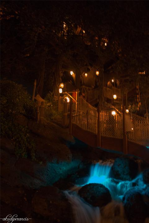Jalan-Jalan Ke Disneyland Paris-rumah pohon