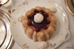 Tradisi Tahun Baru di Perancis-charlotte aux cerises-