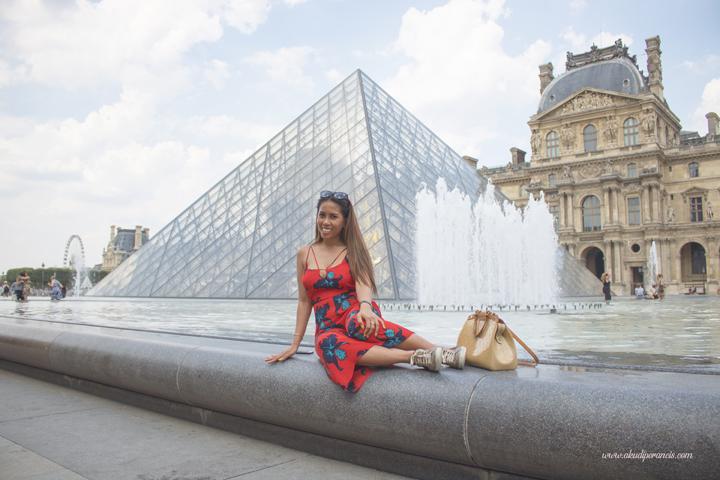Putri di Museum Louvre