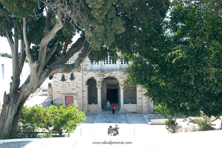 Basilik Panagia Ekatontapiliani Paros