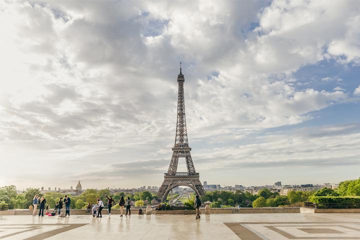 Suhu di Paris Musim Panas